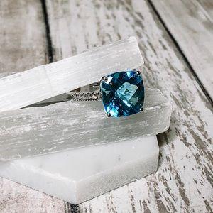 14k White Gold Blue Topaz & Diamond Ring